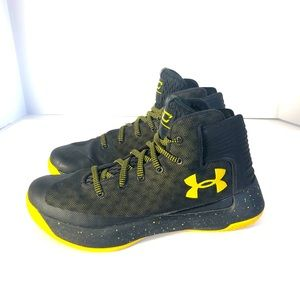 Under Armour Wardell SC Athletic Black Shoe. 8.5